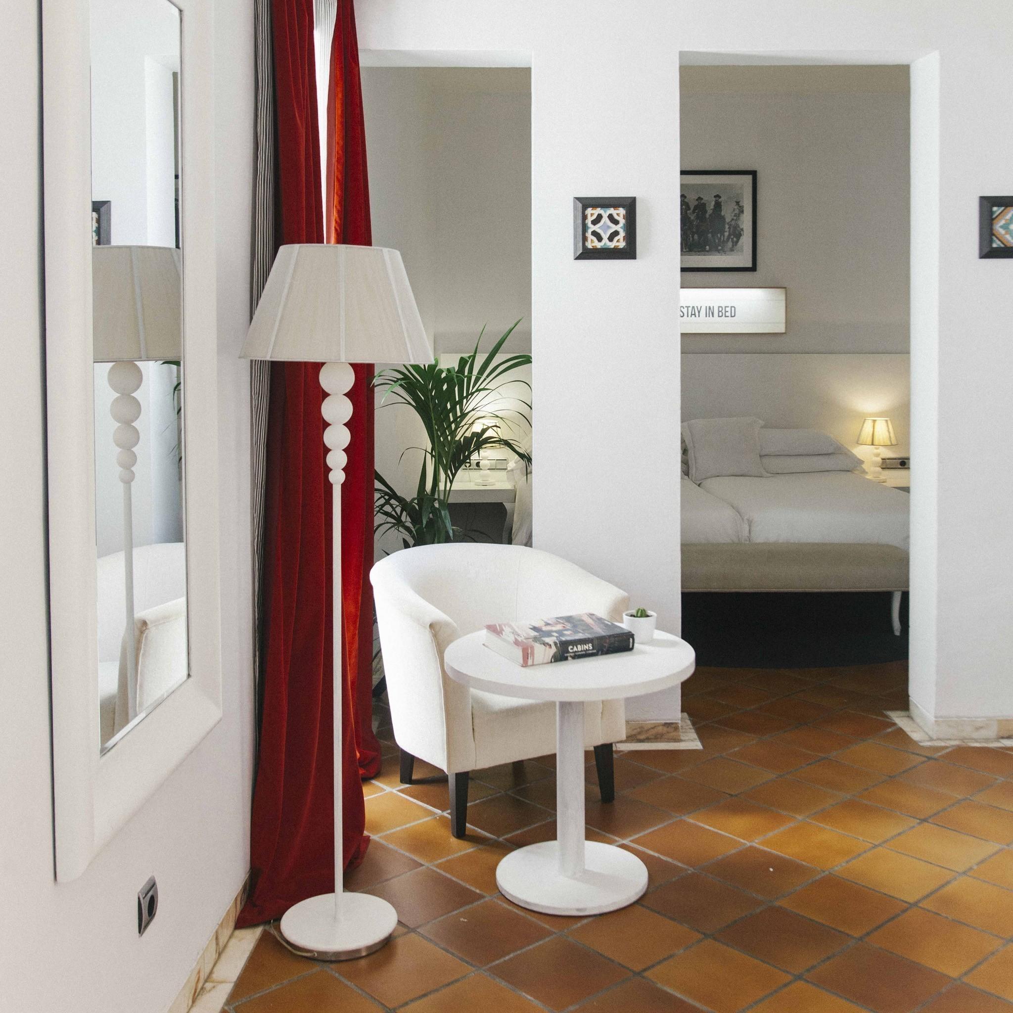 Habitaciones familiares hotel fontecruz sevilla seises for Habitaciones familiares lisboa