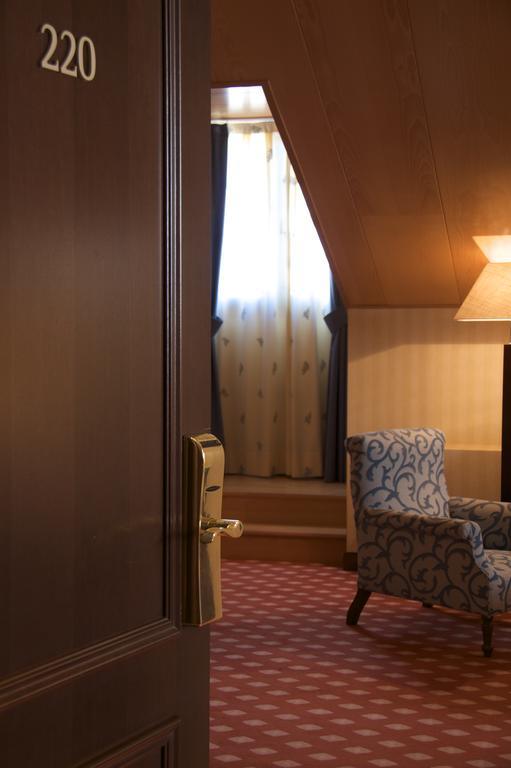 Hotel con habitaciones familiares en vila fontecruz vila for Hoteles con habitaciones familiares